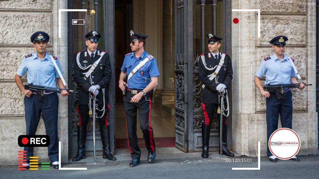 FILMARE E FOTOGRAFARE AGENTI DELLE FORZE DELL'ORDINE È LEGALE